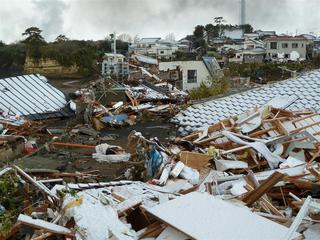 東北大地震ー2.jpg